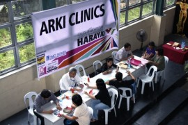 DMCI Homes Offers Free Advice at HARAYA ARKI Clinic
